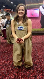 Hi! Me at a fake cranberry bog at FNCE in 2017.